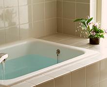 bathroom_p01.jpg